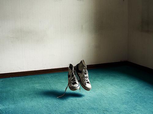 Le changement de vie fut tellement rapide que les chaussures en sont restées derrière!