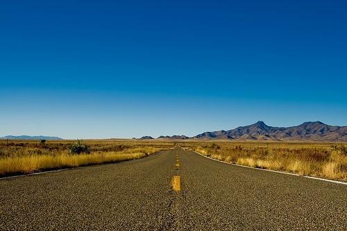 Face à cette route au tracé compliqué, mon père resterait bien 10 minutes penché sur la carte... non, je plaisante !