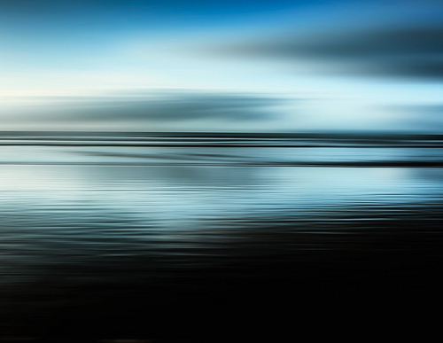 Une image filtrée où on ne distingue plus la mer de l'horizon. Et votre vie elle est comme ça ?
