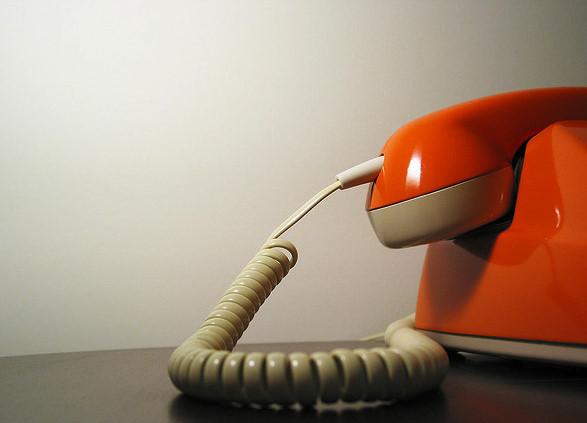 Le téléphone orange est à votre service ?